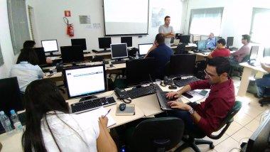 Com enfoque no mercado de fretes, Grupo ESALQ-LOG inaugura novo treinamento na área de logística
