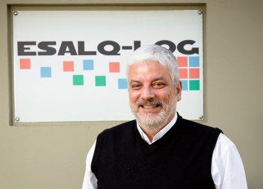 Logística como elemento chave: coordenador do ESALQ-LOG publica capítulo em livro