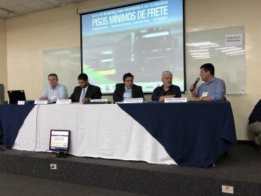 Primeiro dia de reunião com profissionais do setor logístico sugere mudanças na utilização da Tabela