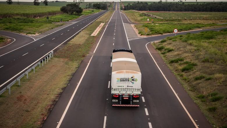 Agronegócio representa maior parte da carga transportada no país