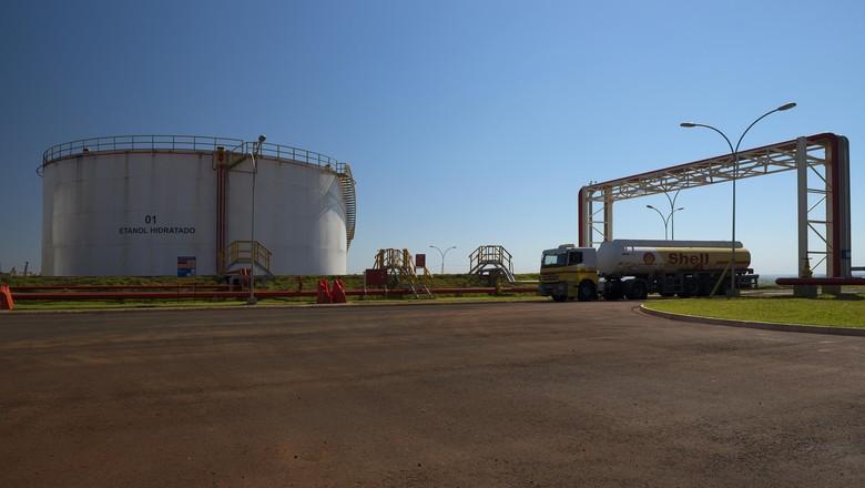 Raízen investe R$ 200 milhões em melhorias para atender demanda de etanol da região Centro-Sul